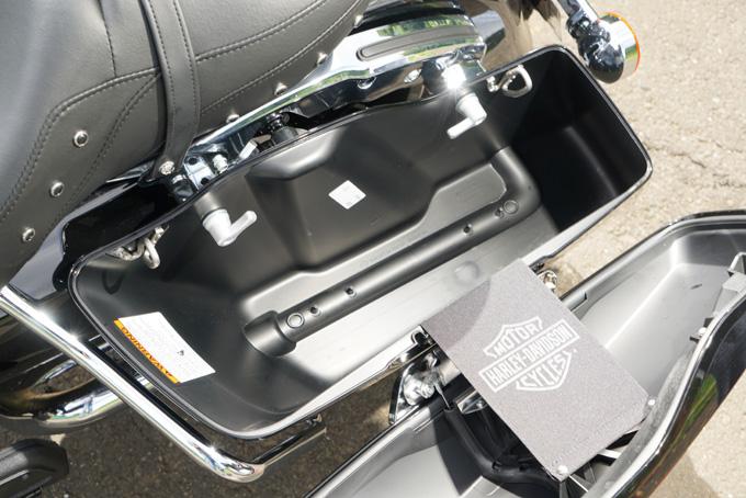 ハーレー2021年モデルの「FLHR ロードキング」を試乗インプレ!リッチなスタイルと乗り味はツアラーの指標の18画像