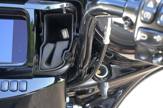 ハーレー2021年モデルの「FLHXS ストリートグライドスペシャル」を試乗インプレ!強烈なインスピレーションを得られる希有なノリモノの24画像