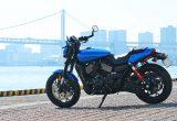 ハーレーの新型水冷Vツインエンジンを搭載したファクトリーカスタムモデル「ストリートロッド」をインプレッションの画像