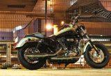 ハーレースポーツスターファミリーのロングセラーモデル「スポーツスター1200カスタム」の画像